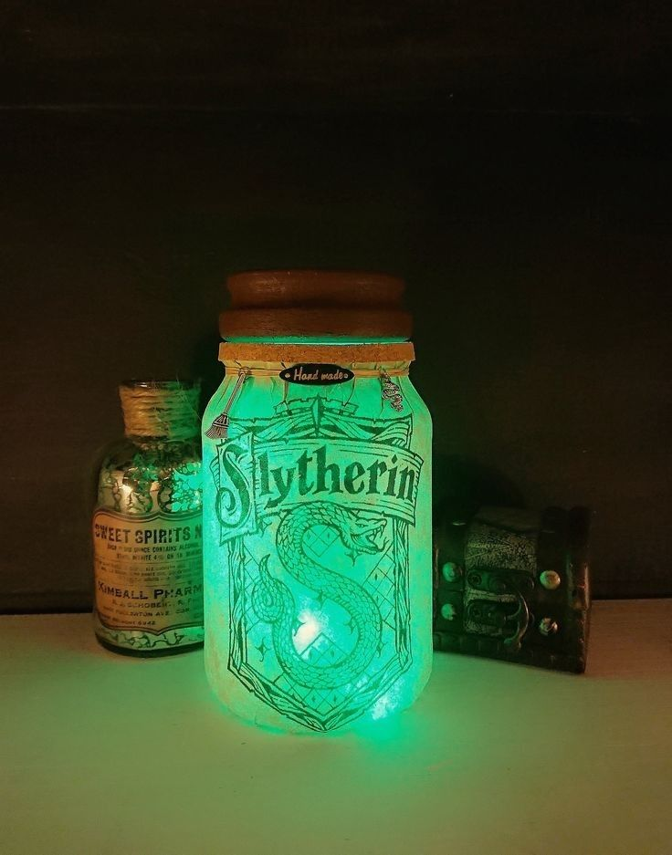 Harry Potter Hufflepuff Light Up Personalised Bottle Birthday Gift Christmas