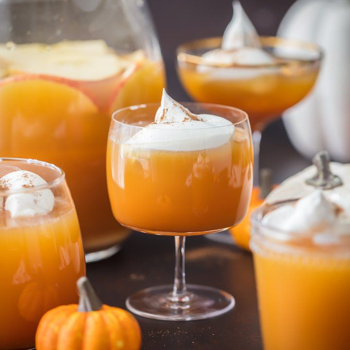 This PUMPKIN PIE PUNCH Is The Ultimate Thanksgiving