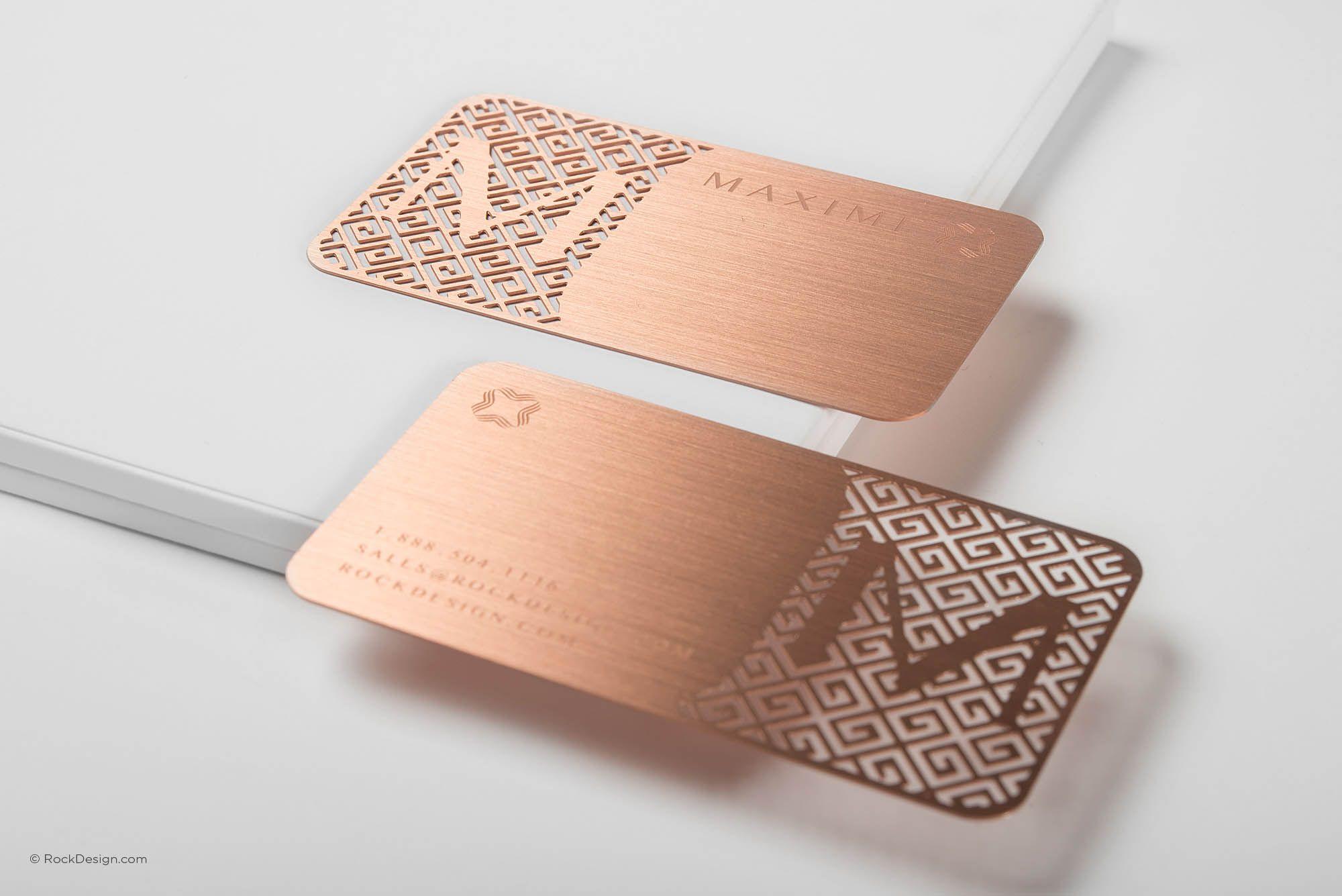 Luxury Rose Gold Metal Business Card With Brush Finishing Maximi Cartoes De Visita Criativos Cartao De Visita Dentista Design De Cartao De Visita