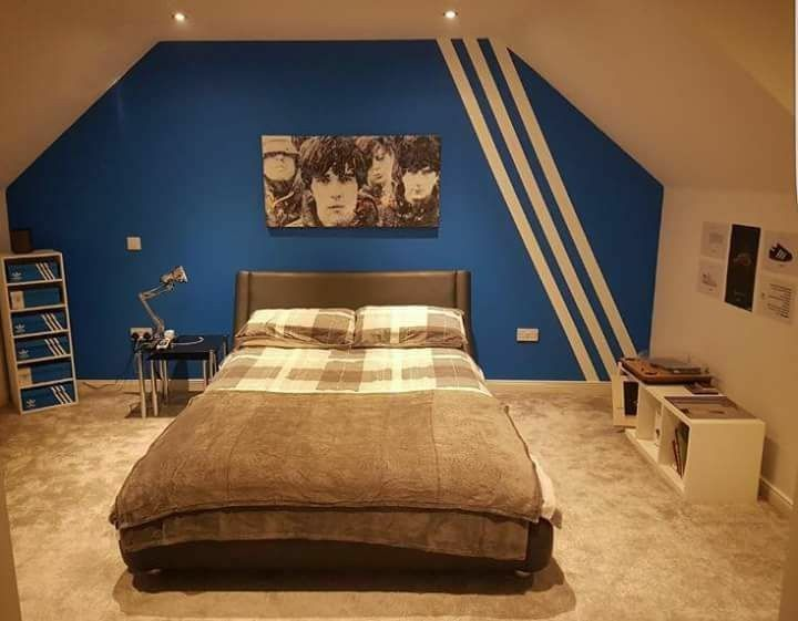 new style bbd3a dca47 Now that s what I call a bedroom! Adidas Originales, Entrenadores, Terraza,  Burbuja