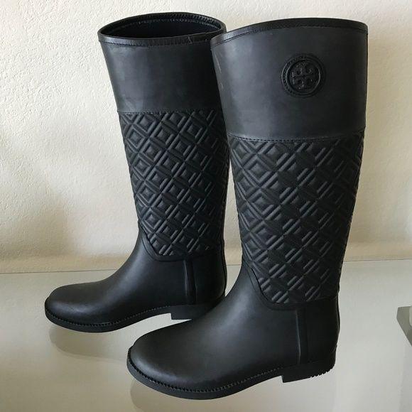883013b835df27 Hunter Rain Boots ·