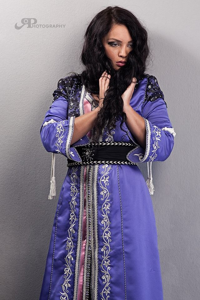 Morrocan caftan. Handmade with traditional embroidery