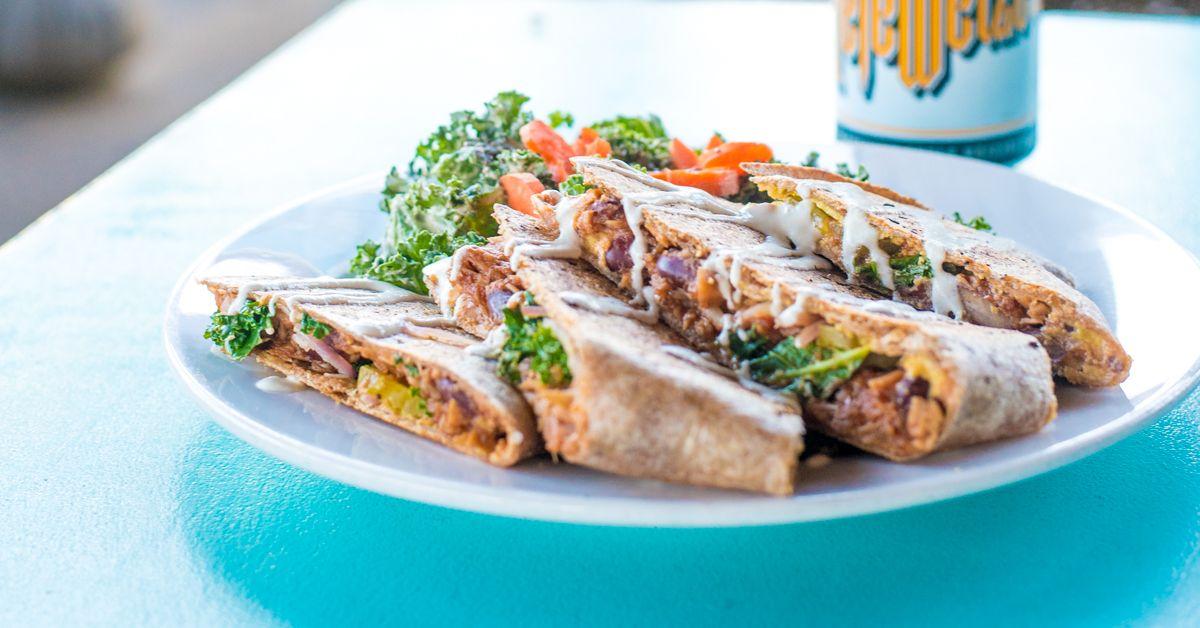 The Best Vegan Restaurants In Austin Vegan Restaurants Best Vegan Restaurants Cooking Recipes