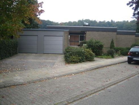 Fassadengestaltung beispiele bungalow  Umbau 70er Jahre Bungalow von pur.buero architektur für innen | 70 ...