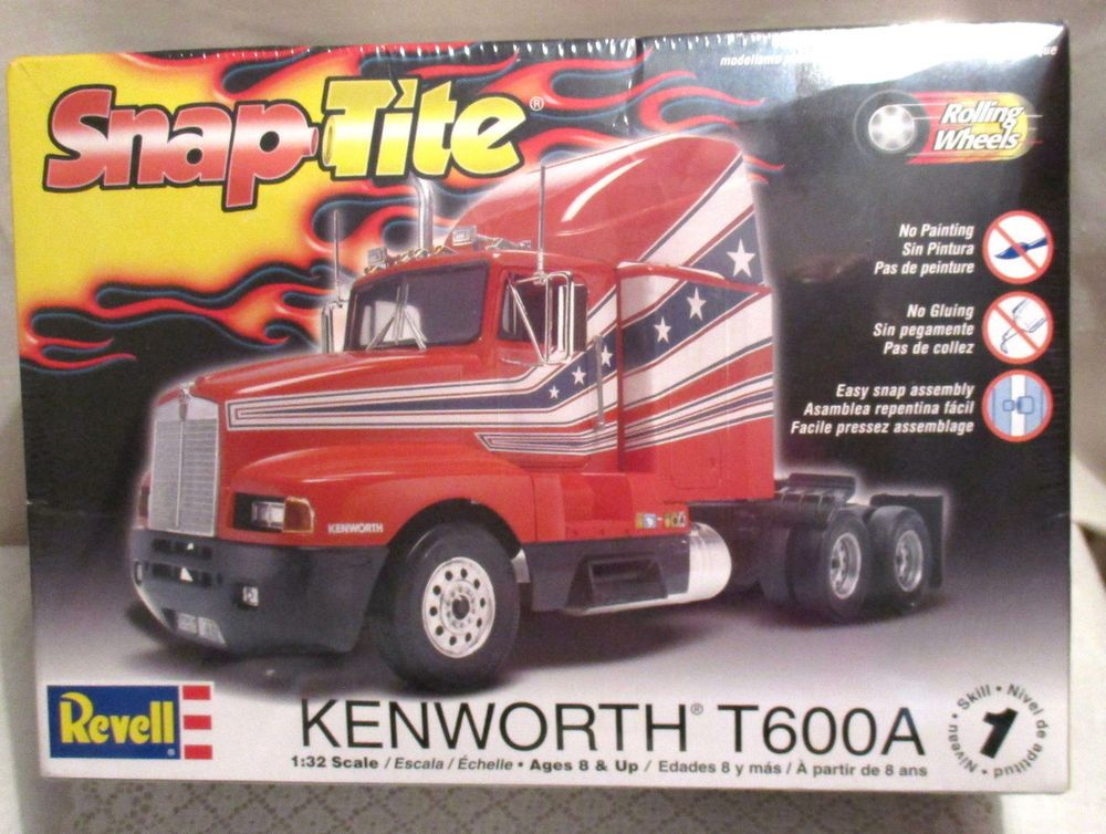 Revell Snap Tite Kenworth T600a Truck 1 32 Scale Kit Ages 8 New