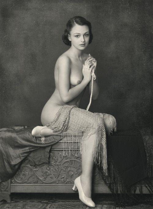 Vintage nude swedish women