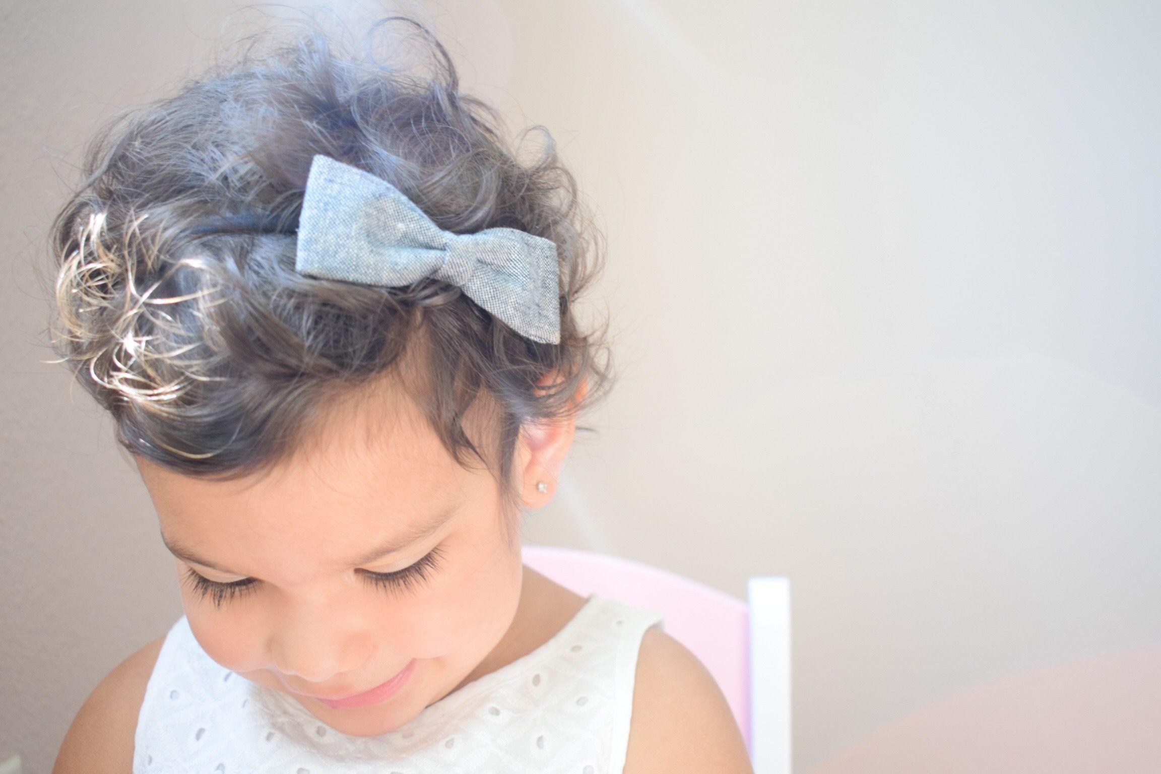Baby girl bow