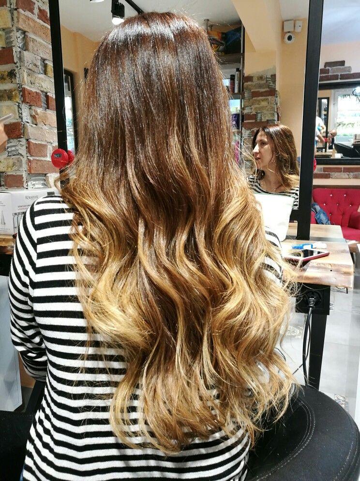 Hair Club Nuri Ozcelik Panosundaki Pin