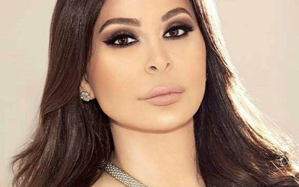 إليسا تهدد الحكومة اللبنانية يا ويلكن من غضب الناس Nose Ring Jewelry Rings