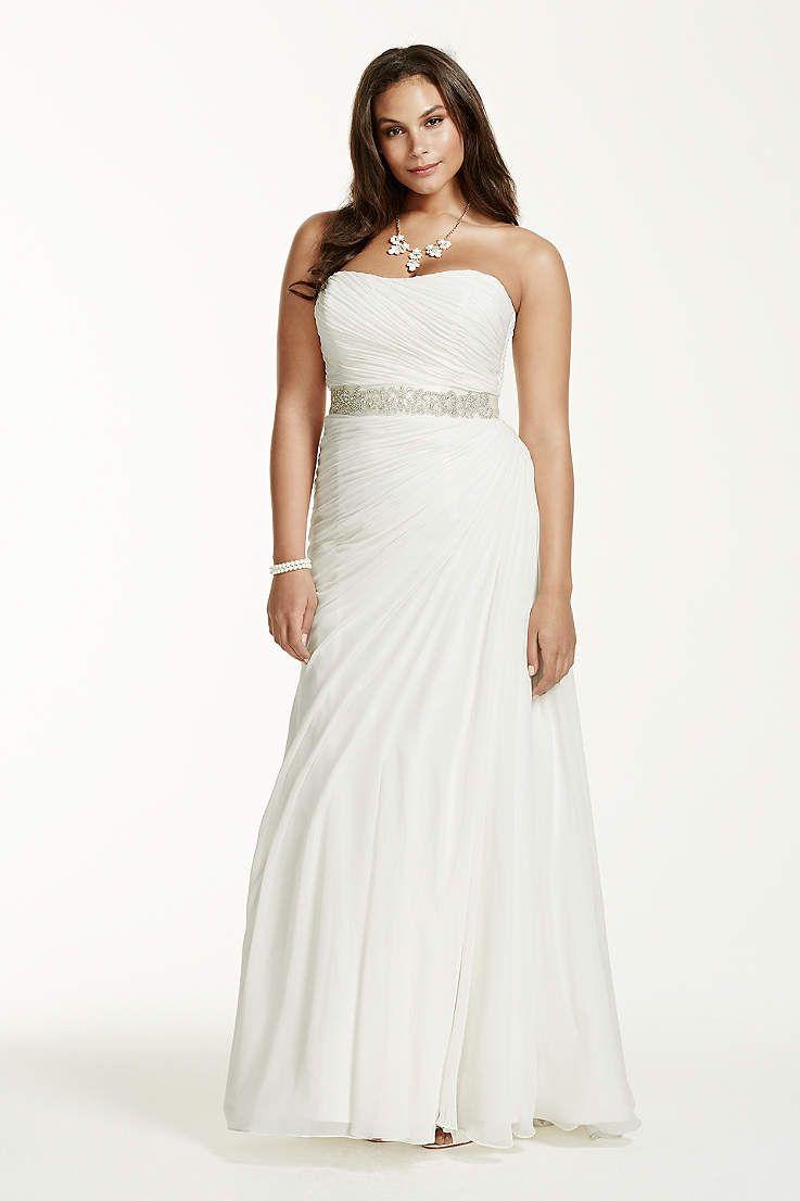 Davids bridal has beautiful plus size wedding dresses that come davids bridal has beautiful plus size wedding dresses that come in a variety of sizes ombrellifo Images