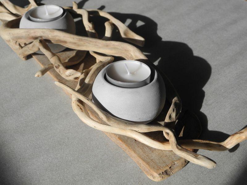 *Teelichthalter aus Treibholz*    Gesteck aus einem Treibholzbrettchen und Wurzeltreibholzäste  liebevoll zusammengestellt und kombiniert mit zwei ...