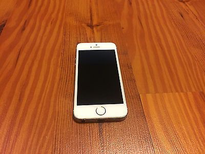Apple iPhone 5s - 64GB - Gold (AT&T) Smartphone - UNLOCKABLE but wont turn on https://t.co/VO8MS3mkNi https://t.co/w6BErCMNFv
