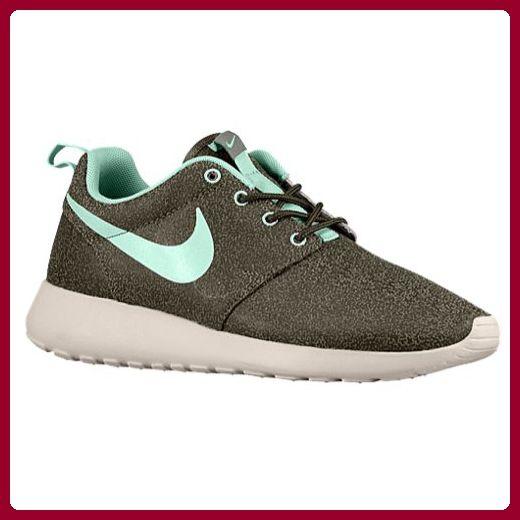 info for 677b3 3ede4 Red & White Girls' / Women's Nike Roshe Run | Shoes | Nike shoes cheap, Nike  roshe, Nike roshe run
