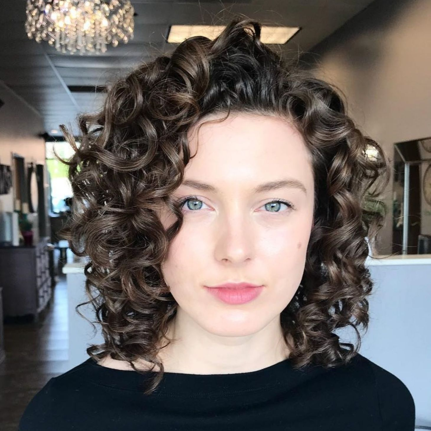 65 Different Versions Of Curly Bob Hairstyle Curly Hair Styles Medium Length Hair Styles Curly Bob Hairstyles