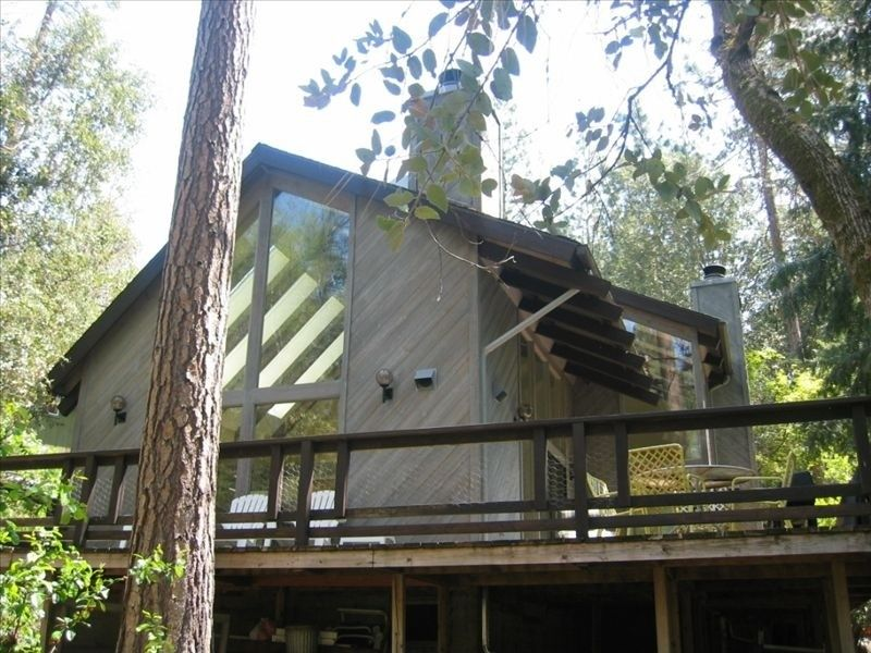 cabins log near for park airbnb sale national yosemite