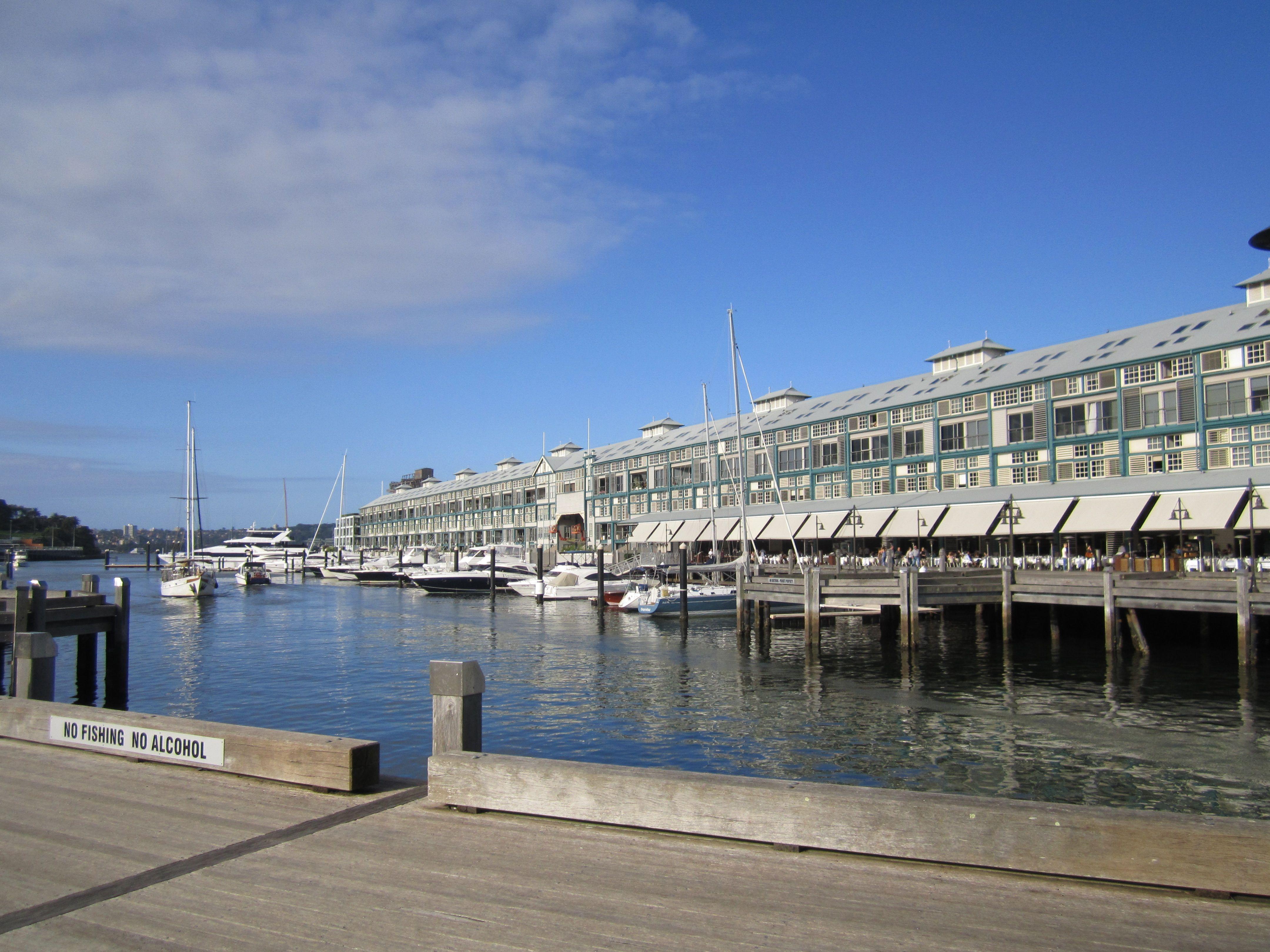 Sydney, Wharf Marina.