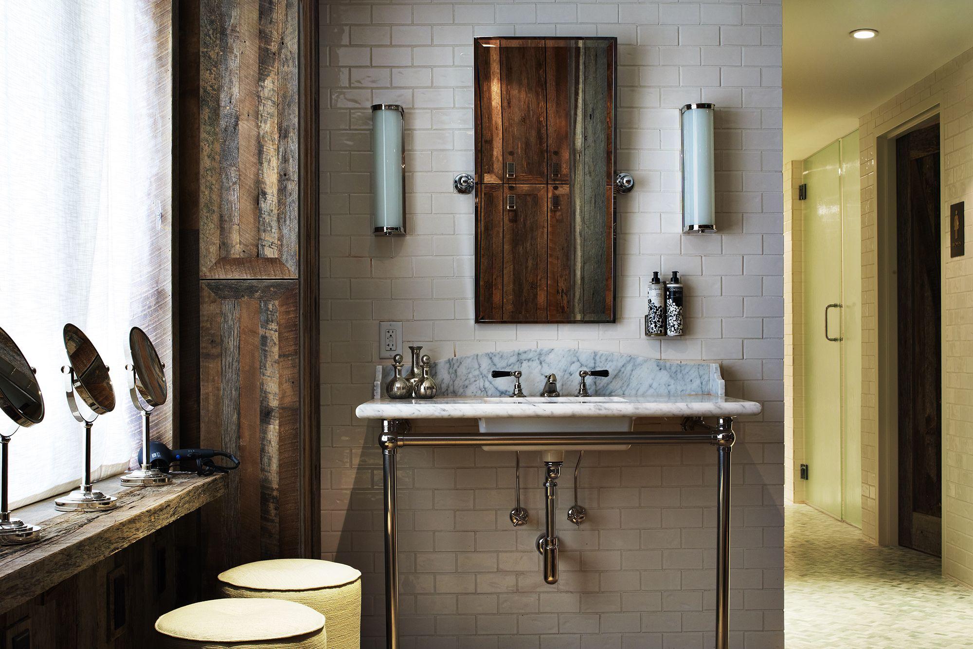 Treatment room by martin brudnizki design studio cowshed for Martin craig bathroom design studio