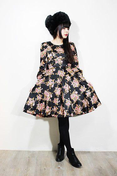 Fairy Farm Factory Black Rose Dress