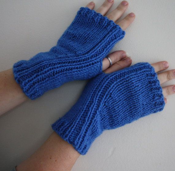 Fingerless Gloves Photographers Texting by ...