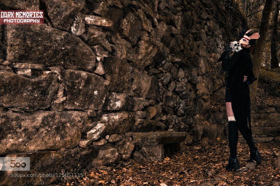 Mi mayordomo es un demonio by DarkMemoriesPhotography #fadighanemmd