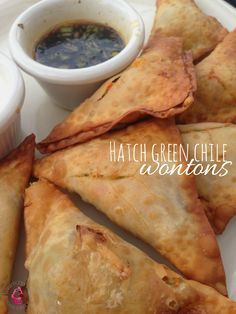 Hatch Green Chile and Cheese Wontons recipe - the PERFECT finger party appetizer food! You have got to try this!