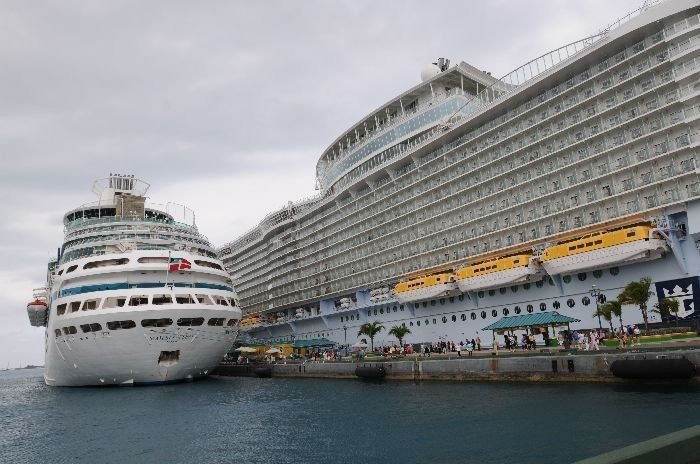 A Caribbean Interlude Aboard The Oasis Of The Seas Cruise Theme - Oasis of the seas cruise ship prices