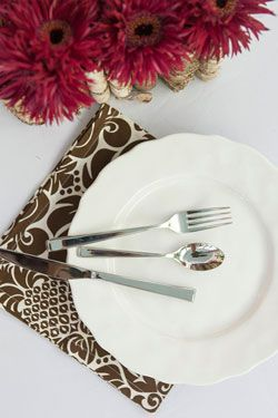 Dinner Napkin in Gracious Chocolate | Hen House Linens