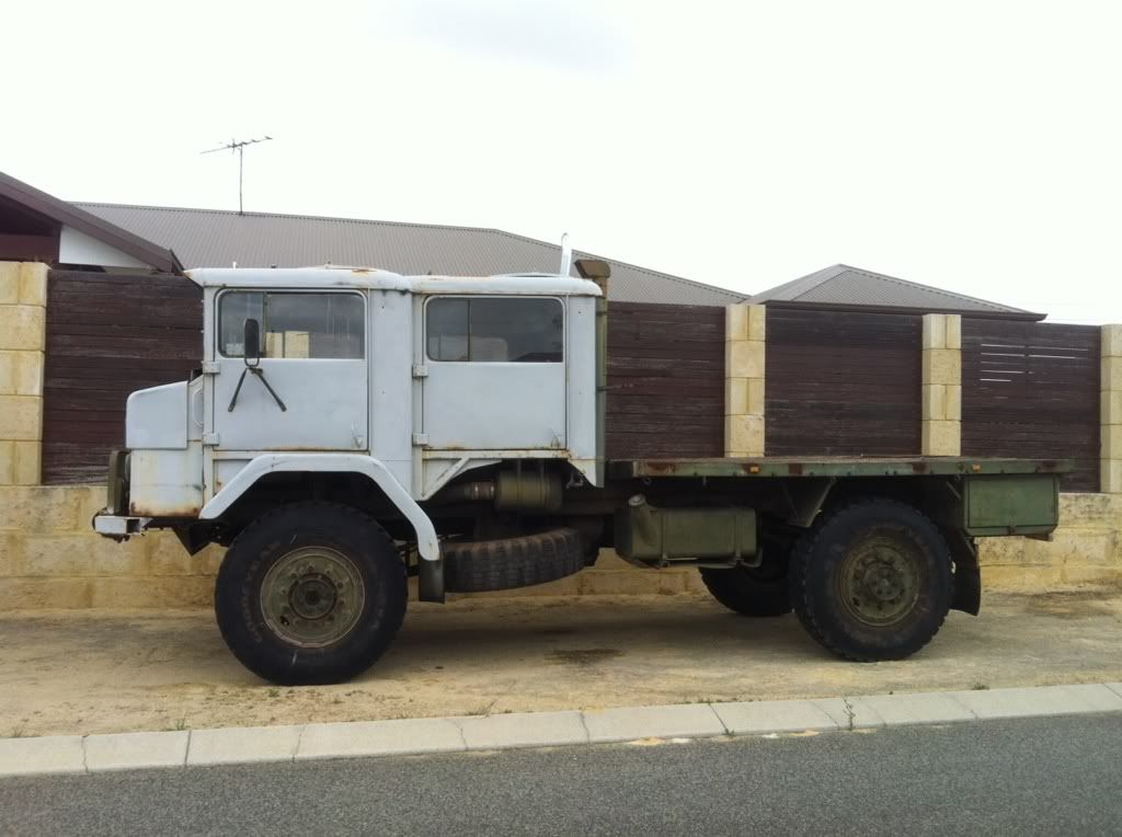 AACO Dual cab 4x4 Perth $2000 (1/1) - Historic Commercial Vehicle ...