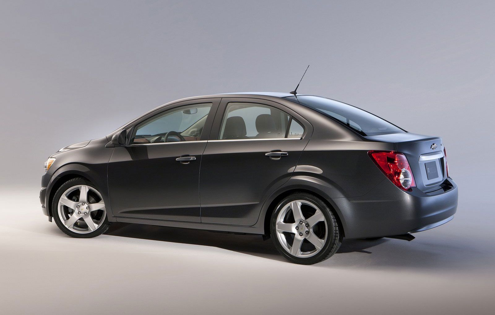 Chevrolet Aveo 1 4 Pictures Photos Information Of Modification
