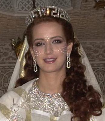 Princess Lalla Salma of Morocco during her wedding on 12 October 2001 to King Mohammed VI of Morocco, wearing the Chaumet Greek Key tiara