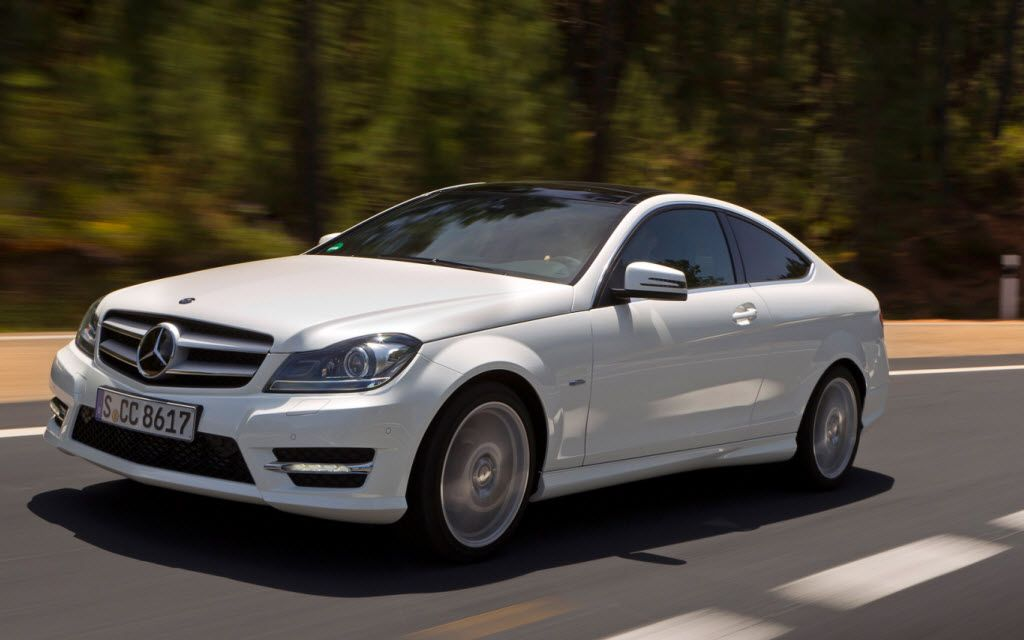 18 Luxirious Cars Of Cristiano Ronaldo With Images Cars Benz