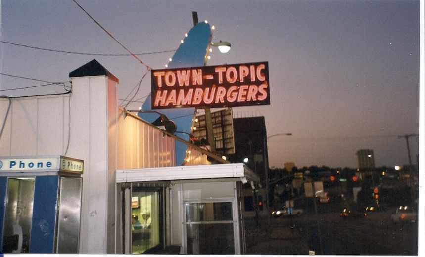 Town Topic Burgers Kcmo My Daddy Would Take Me Here At Age 6 Best Homemade Cheese Burgers And Fries And Don Kansas City Towns Something Different For Dinner