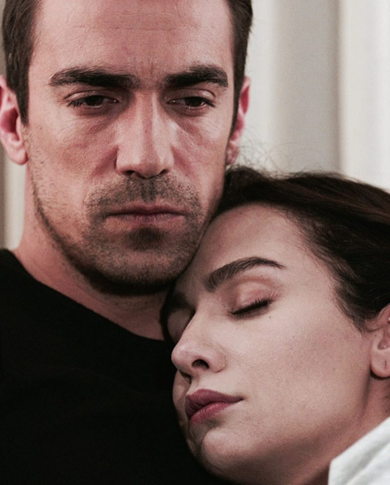 Siyahbeyazask Ibrahimcelikkol Birceakalay Asfer Black And White Love Turkish Beauty Turkish Actors