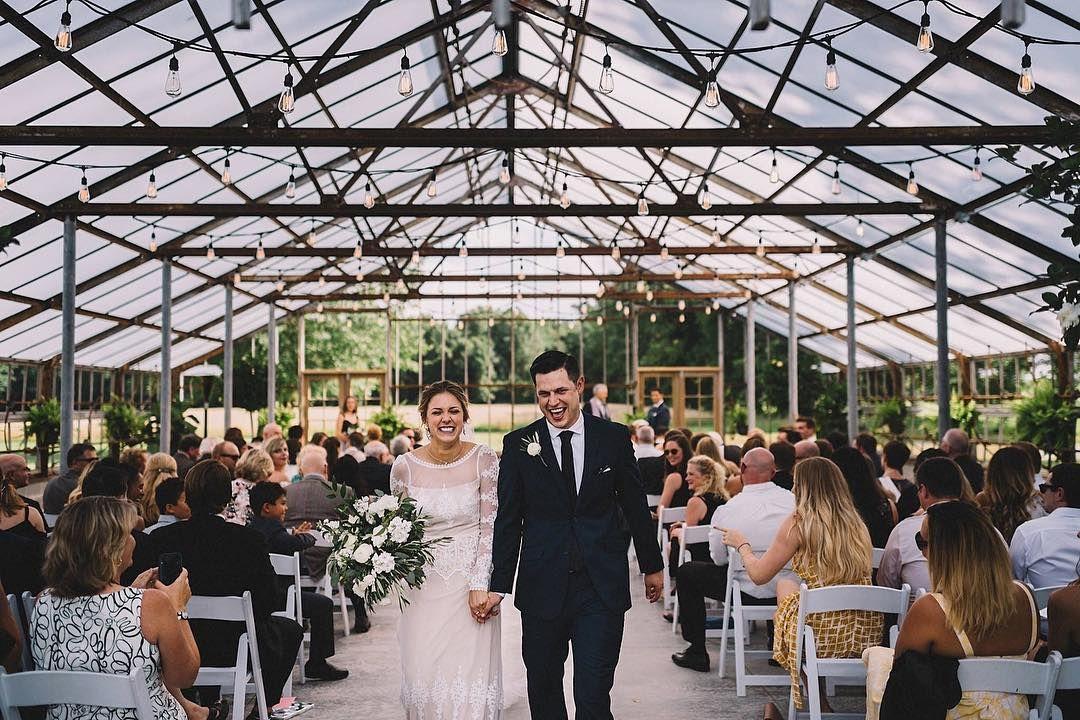 Oak Grove Venue Of Jorgensen S Farms Ohio Wedding Venues Greenhouse Wedding Park Weddings