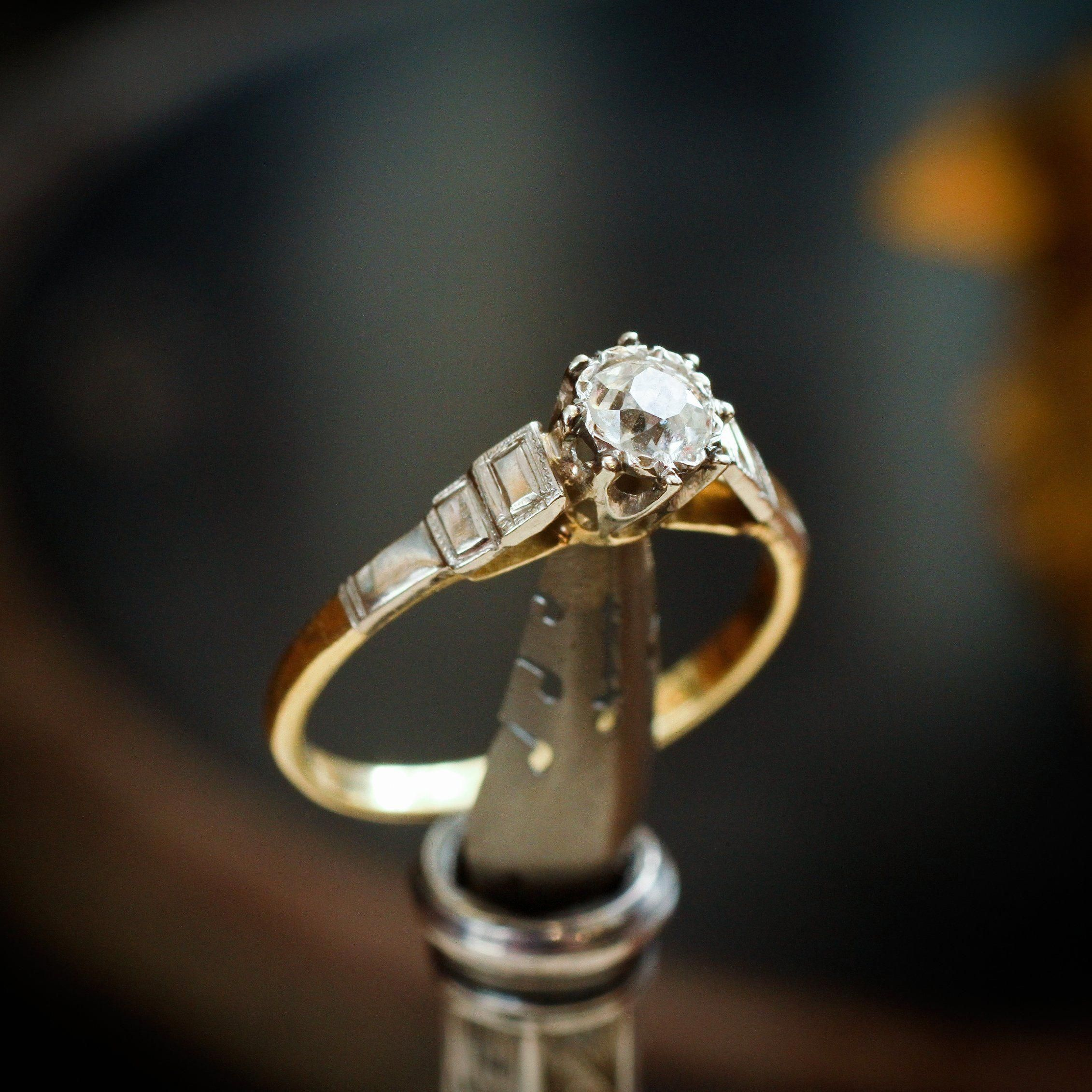 Solitaire Engagement Rings Really Are Stunning Pic 7738571773 Solita Antique Diamond Engagement Rings Diamond Solitaire Engagement Ring Antique Wedding Rings