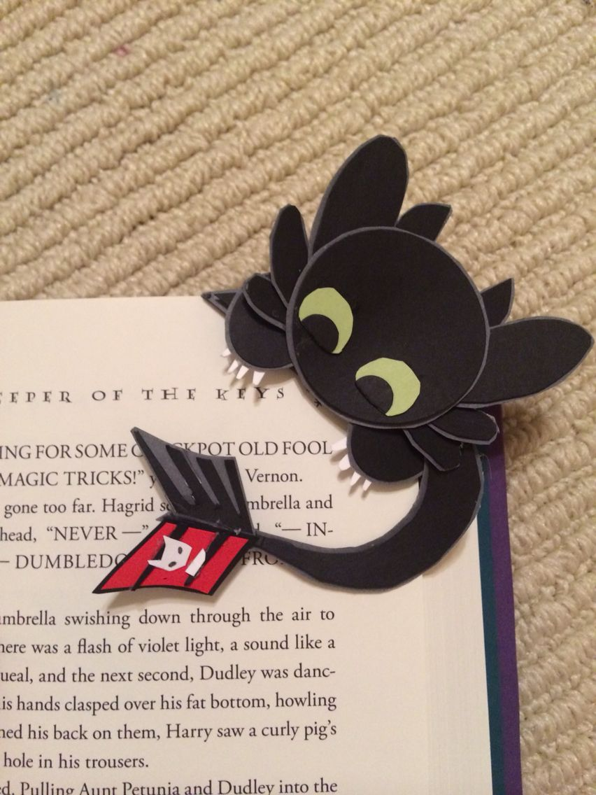 Toothless corner bookmark cute and easy to make book How to make a simple bookmark