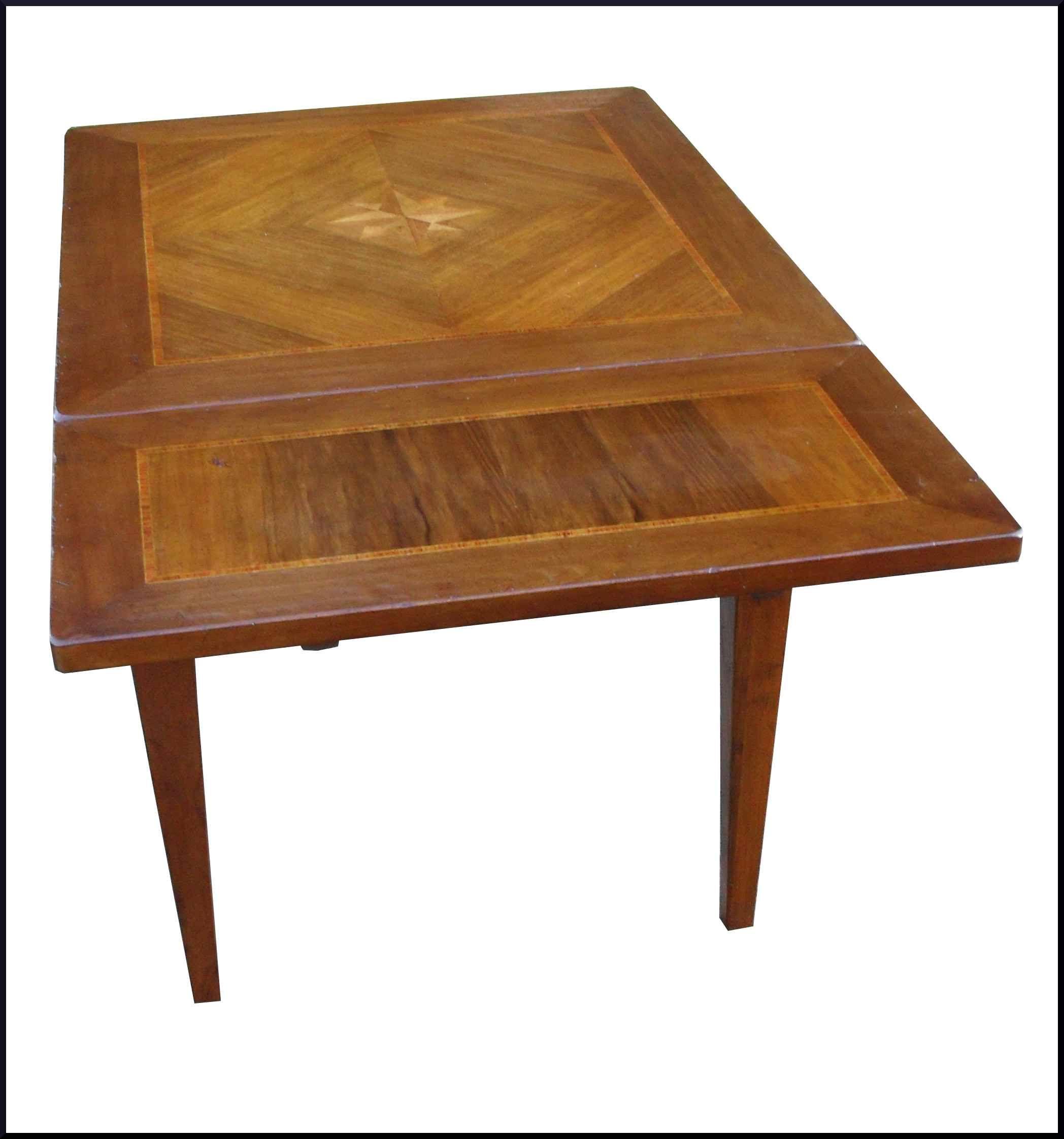 Piccolo tavolo intarsiato classico apribile a scatto