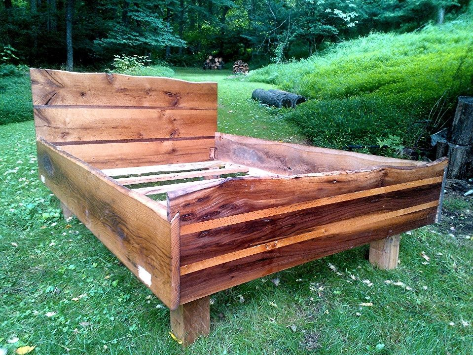 live edge bed frame Queen size bed frames, Reclaimed