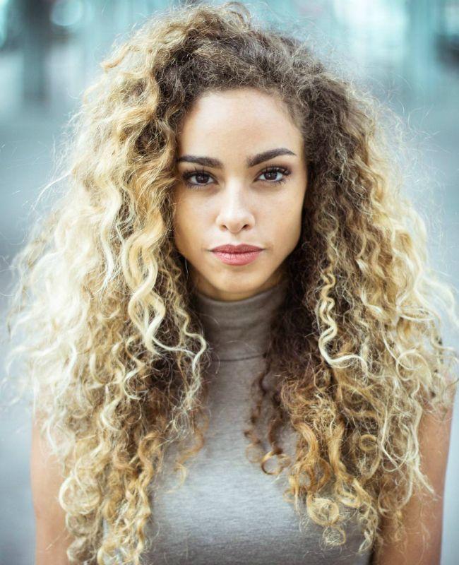 3btypeimg 6 Flavia Curly Hair Styles Hair Styles Long Hair Styles