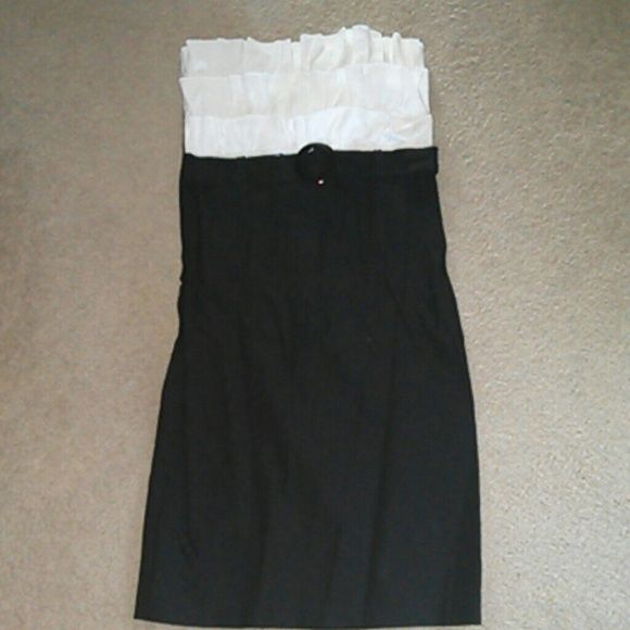 Black/White Ruffle Party Dress Adorable black dress! Flattering! Cute belt detail. Sydney Joy Dresses