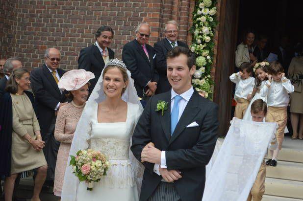 Beloeil: la princesse Alix de Ligne a épousé religieusement Guillaume de Dampierre (PHOTOS + VIDEOS)