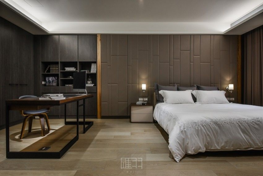 A Spacious Apartment Full Of Contemporary Elegance Apartment Interior Bedroom Interior Small Apartment Interior Modern luxury and spacious bedroom
