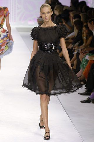 Fendi Spring 2006 Ready-to-Wear Fashion Show - Gemma Ward
