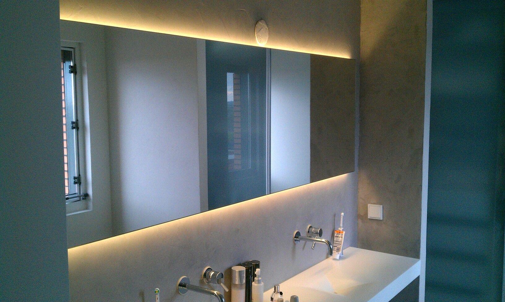 Spiegel met led verlichting achter de spiegel | spiegel en spiegels ...