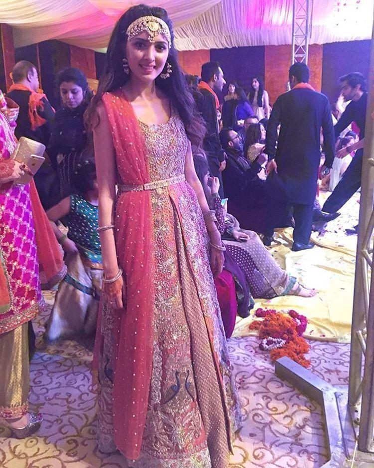 Lujo Vestido De Fiesta Diseña Paquistaní Ideas Ornamento Elaboración ...