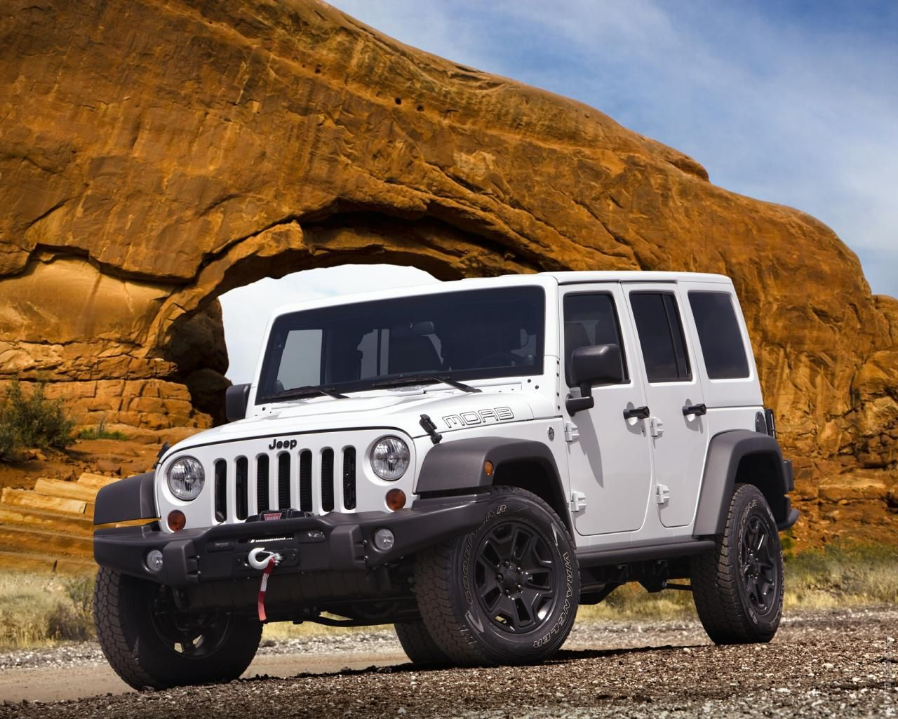2013 Wrangler Unlimited Moab Jeep all white baby, with