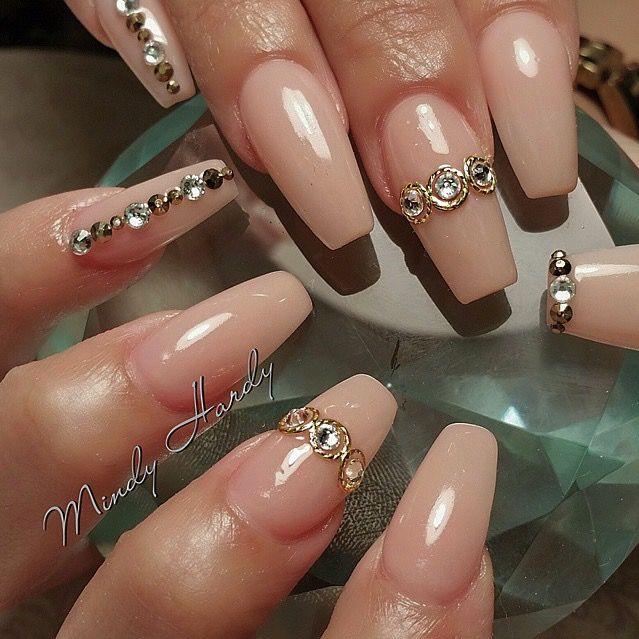 Pin de Erienne B en Nails | Pinterest | Uñas beige, Uñas ballerina y ...