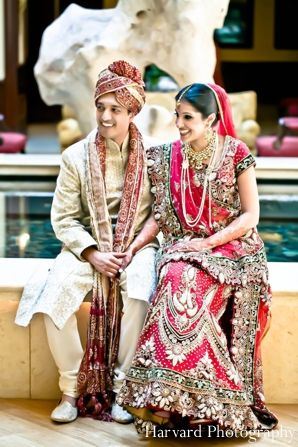 Indian wedding bride and groom portrait httpmaharaniweddings indian wedding bride and groom portrait httpmaharaniweddingsgallery junglespirit Image collections