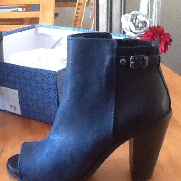 Navy blue and back ankle peep toe boots