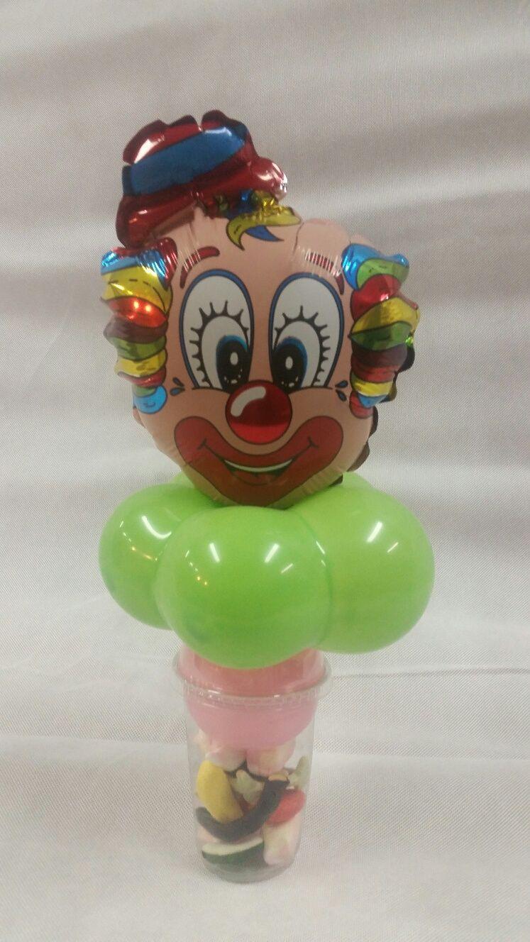 traktatiebeker met grappig clowntje